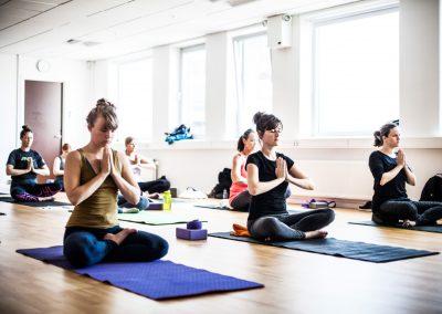 Yoga let øvet